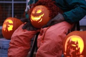 mucho pumpkin heads